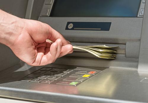 para-depositarte-el-precc81stamo-requeriremos-una-cuenta-de-banco-a-tu-nombre-1